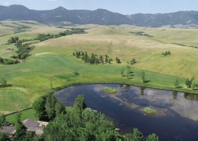 Overview main home pond mountains